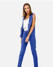 Костюм модного синего цвета от Gepur