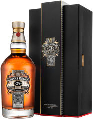 Акция на Виски Chivas Regal 25 лет выдержки 0.7 л 40% в подарочной упаковке (080432104040) (5000299284926) от Rozetka