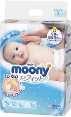 Акция на Подгузники детские Moony S 4-8 кг 84 шт (4903111244102) от Rozetka
