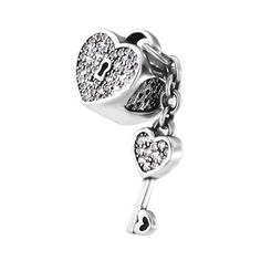 Серебряный шарм с подвеской-ключиком и фианитами 000140679 000140679 от Zlato