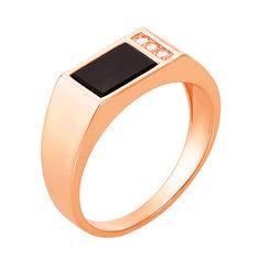 Золотое кольцо-печатка Гор в красном цвете с ониксом и тремя фианитами 000122434 20 размера от Zlato