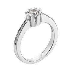 Серебряное кольцо с фианитами 000125956 000125956 17.5 размера от Zlato