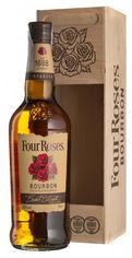 Акция на Бурбон Four Roses 0.7 л 40% в деревянной упаковке (2135685356857) от Rozetka