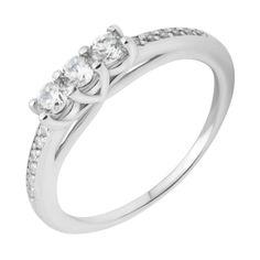 Серебряное кольцо с фианитами 000118387 17.5 размера от Zlato