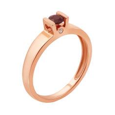 Кольцо из красного золота с рубином и бриллиантами 000125422 17 размера от Zlato