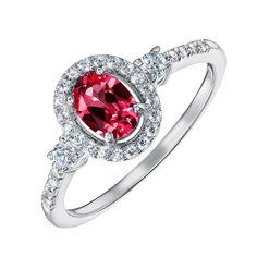 Серебряное кольцо с рубином и фианитами 000132339 17 размера от Zlato