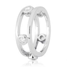 Акция на Кольцо из серебра с куб. циркониями, размер 16.5 (572254) от Allo UA