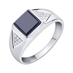 Серебряный перстень-печатка с черным ониксом и белыми фианитами 000102990 21.5 размера от Zlato