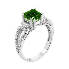 Серебряное кольцо с зеленым кварцем и фианитами 000133664 17 размера от Zlato
