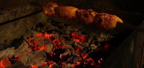 Акция на Мясные сеты с домашним вином и чачей в «Хванчкара» от Pokupon