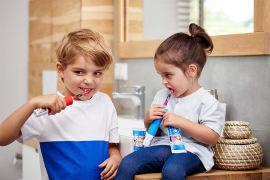 Акция на Электрическая зубная щетка Oral-B Kids Звездные войны  ТМ: Oral-B от Antoshka