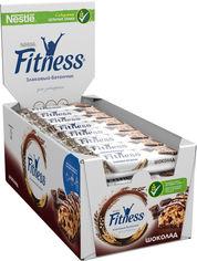 Акция на Упаковка батончиков злаковых Fitness с цельными злаками и шоколадом 24 шт х 23.5 г (5900020023308_3387390415995) от Rozetka