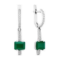 Акция на Серебряные серьги-подвески с зеленым агатом и фианитами 000136290 000136290 от Zlato