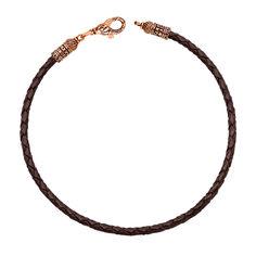 Акция на Кожаный браслет Молитва с замочком в форме рыбки из красного золота с чернением 21.5 размера от Zlato