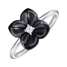 Акция на Серебряное кольцо с керамикой и фианитом 000147839 16 размера от Zlato