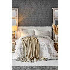 Акция на Набор  постельного белья  с пледом Karaca Home - Quatre delux gold 2020-1 золотой евро от Allo UA