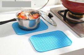 Акция на Коврик для сушки посуды Supretto 21х15 см, голубой (4874) от Wellamart