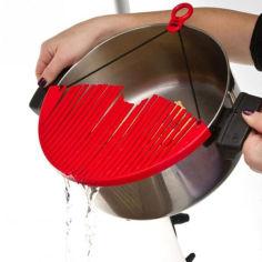 Акция на Дуршлаг накладка ситечко для слива воды Better Strainer (2114532) от Allo UA