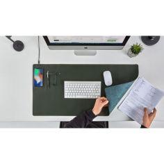 Акция на Кожаный коврик бювар на стол для компьютерной мыши клавиатуры и ноутбука со встроенной беспроводной зарядкой (3894579-М) Зеленый от Allo UA