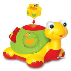 Акция на Каталка-сортер Kiddieland Черепаха-знайка на русском (049742) от Будинок іграшок